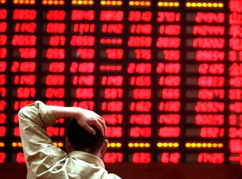 Thị trường giảm điểm mạnh, nguy cơ kích hoạt vòng xoáy cắt lỗ
