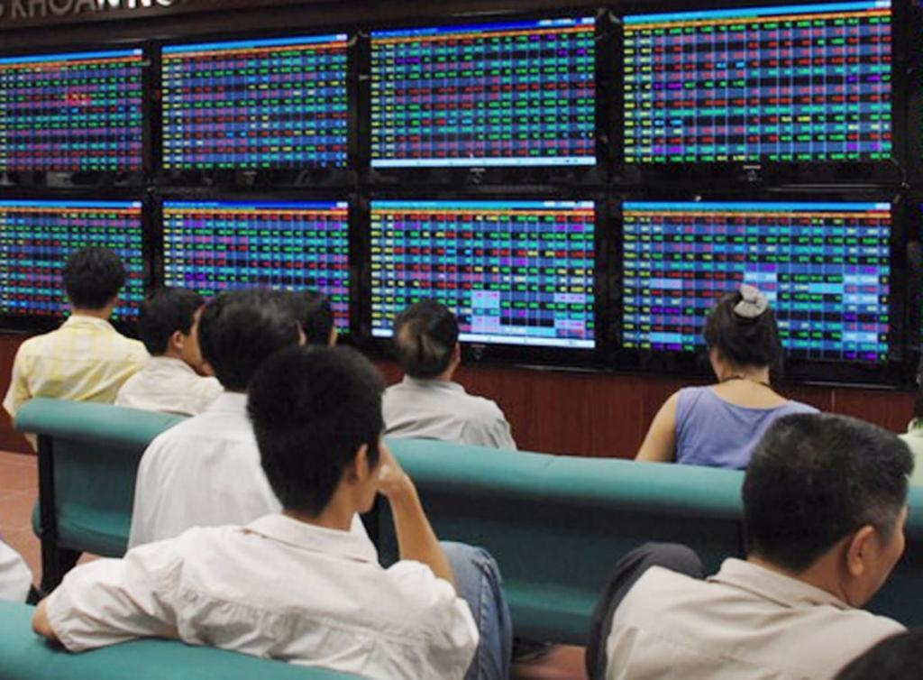 Thị trường có thể biến động mạnh ở một vài thời điểm trong phiên cuối tuần