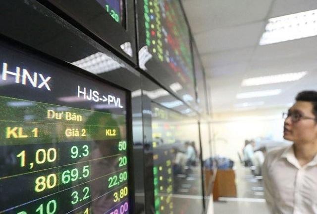 Thị trường cổ phiếu niêm yết diễn biến sôi động trên HNX