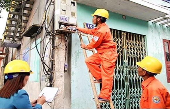 CPI tháng 5 tăng vọt vì giá điện, giá xăng tăng