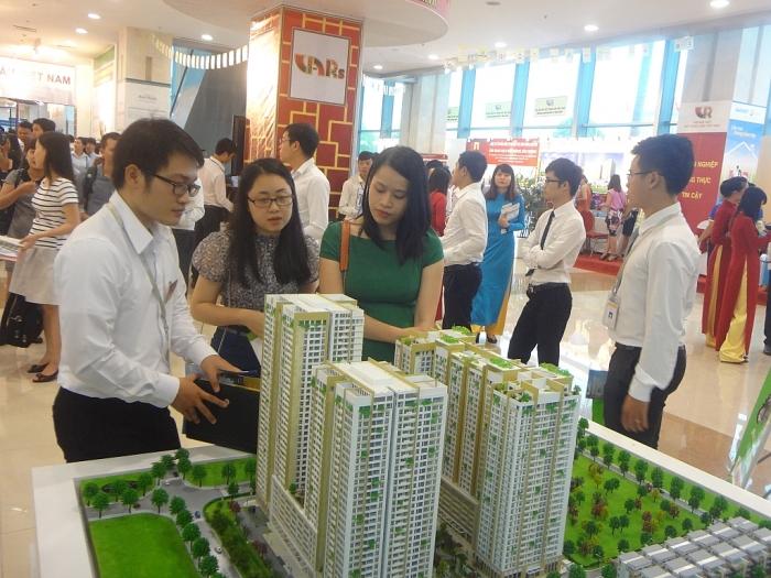 Nên bắt buộc giao dịch qua sàn đối với một số loại hình bất động sản