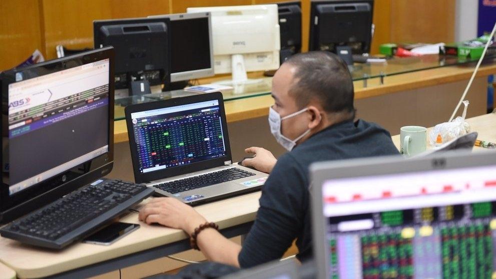 Vốn hóa thị trường cổ phiếu đạt hơn 6,4 triệu tỷ đồng, bằng 102,3% GDP