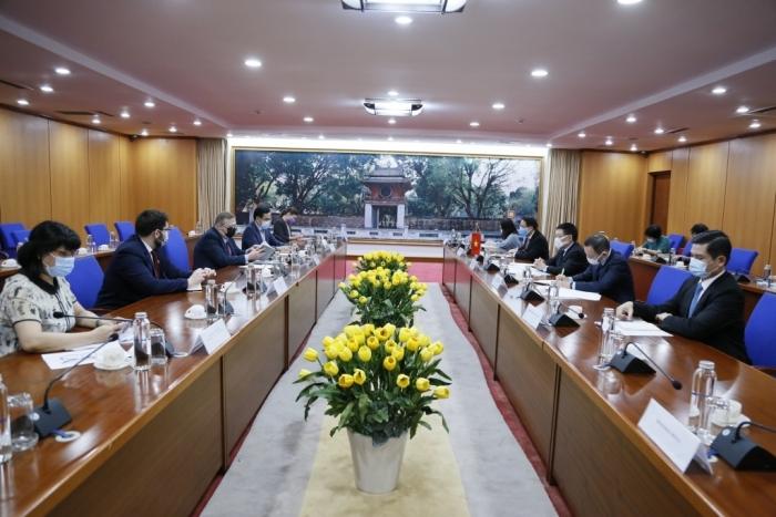 Bộ trưởng Hồ Đức Phớc tiếp Đại sứ đặc mệnh toàn quyền Hungary tại Việt Nam
