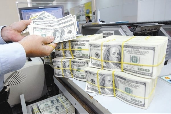 Doanh nghiệp tự chịu mọi rủi ro khi vay nợ nước ngoài theo phương thức tự vay tự trả