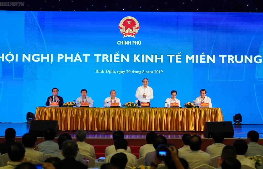 Thủ tướng Chính phủ: Liên kết vùng là bài toán sống còn của kinh tế miền Trung
