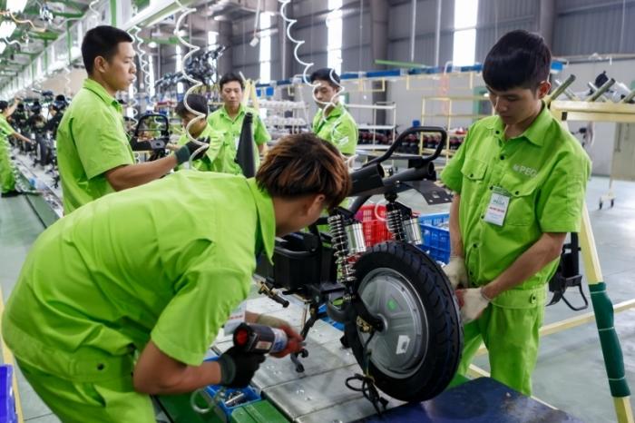 Sản xuất công nghiệp tháng 8 tiếp tục đối mặt nhiều khó khăn