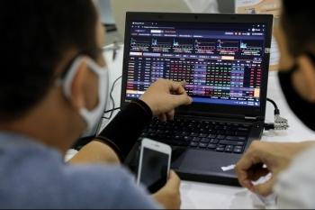 Dòng tiền không có dấu hiệu thoát khỏi thị trường