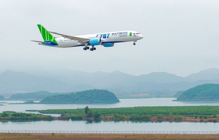 Bamboo Airways tặng vé cho tổ chức, cá nhân đến hỗ trợ đồng bào bị lũ lụt