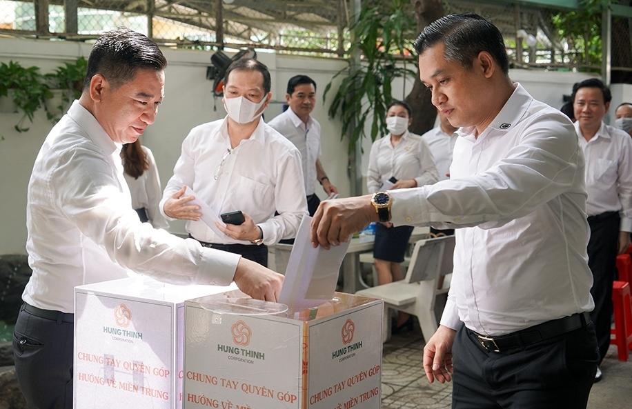 Tập đoàn Hưng Thịnh ủng hộ đồng bào miền Trung hơn 5 tỷ đồng