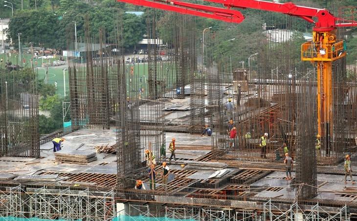 ADB điều chỉnh dự báo tăng trưởng trưởng GDP của Việt Nam từ 1,8 lên 2,3%