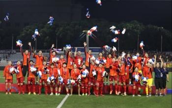 Tập đoàn Hưng Thịnh thưởng nóng 1 tỷ đồng cho đội tuyển bóng đá nữ Việt Nam