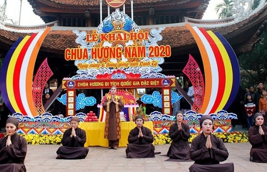 Không tổ chức lễ khai hội chùa Hương