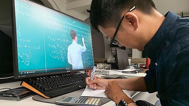 nhiều trường đại học thông báo kế hoạch tổ chức dạy học trực tuyến sau Tết Nguyên đán. Ảnh internet.