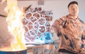 Vụ rapper đốt sách vở quay MV: Chuyển cơ quan công an điều tra nếu có dấu hiệu hình sự