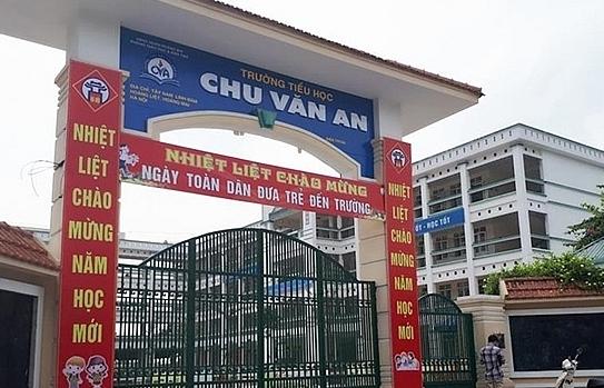 """Vụ thịt gà ôi thiu """"chui"""" vào bếp ăn trường Chu Văn An: Đơn vị cung cấp là công ty An Việt"""