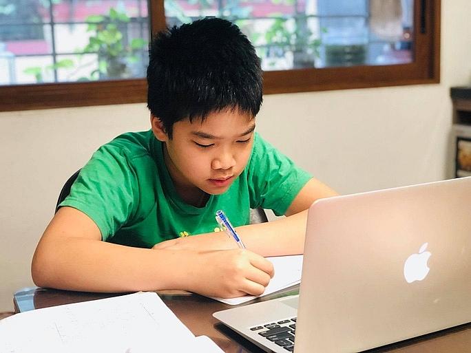 Hà Nội sẵn sàng chuyển sang học trực tuyến