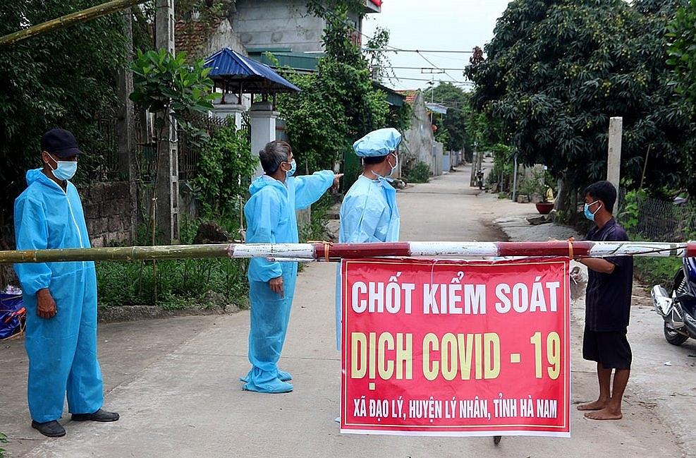 Chốt kiểm soát dịch Covid-19 ở Hà Nam. Ảnh internet