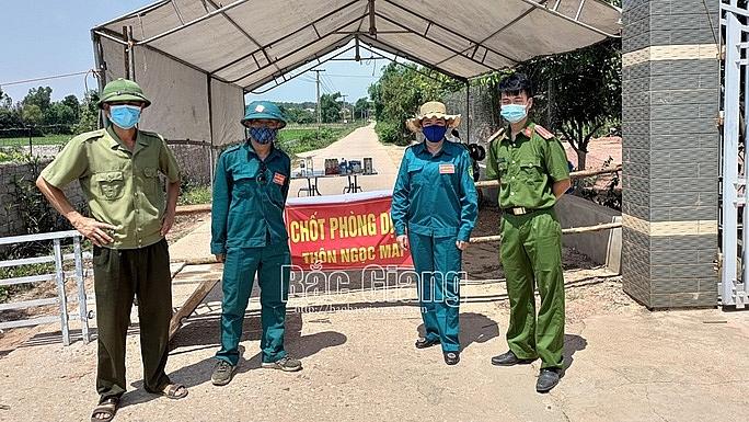 Chốt kiểm soát phòng, chống dịch tại thôn Ngọc Mai, xã Chu Điện, Lục Nam, Bắc Giang - Ảnh: Báo Bắc Giang