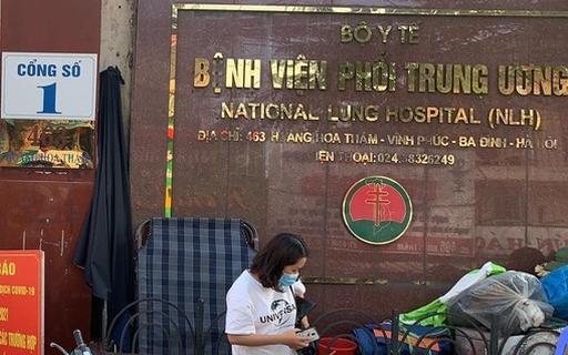 Bệnh viện Phổi Trung ương khẳng định vẫn giữ được an toàn sau khi có 2 bác sĩ mắc Covid-19