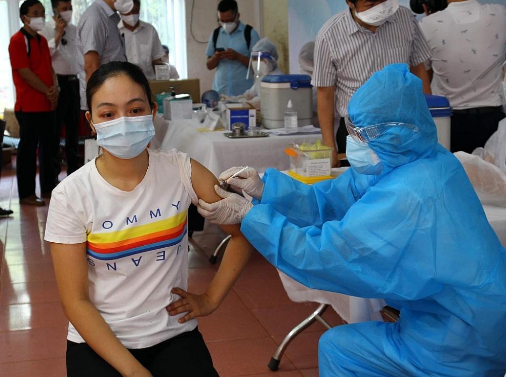 Cảnh giác với lời mời tiêm vắc xin Covid-19 lan truyền trên mạng xã hội
