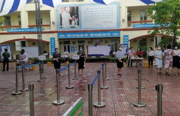Hà Nội: Buổi thi đầu tiên có 38 thí sinh thuộc diện