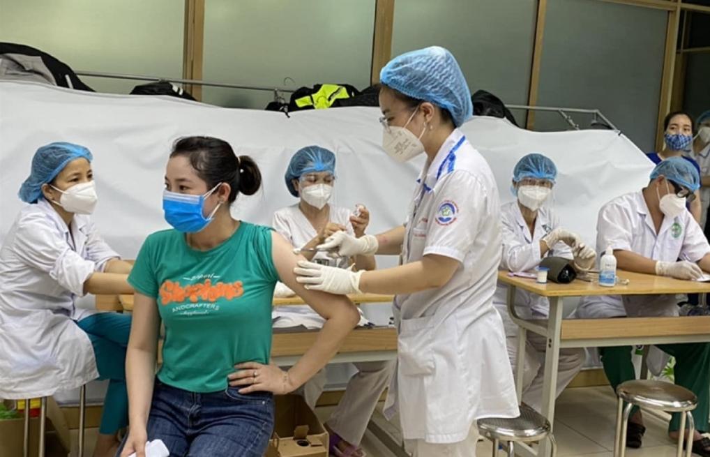 Bộ Y tế yêu cầu đẩy nhanh tiến độ tiêm vắc xin Covid-19