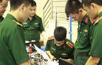 5 học sinh giỏi được tuyển thẳng vào Học viện Kỹ thuật Quân sự