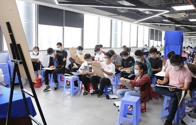 Nhiều trường tổ chức thi các môn năng khiếu trực tuyến sau nhiều lần trì hoãn