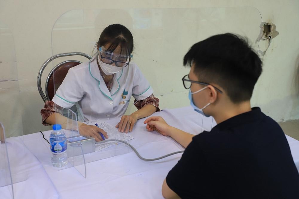 Hà Nội đang gấp rút hoàn thành mục tiêu tiêm chủng vắc xin trong ngày 15/9