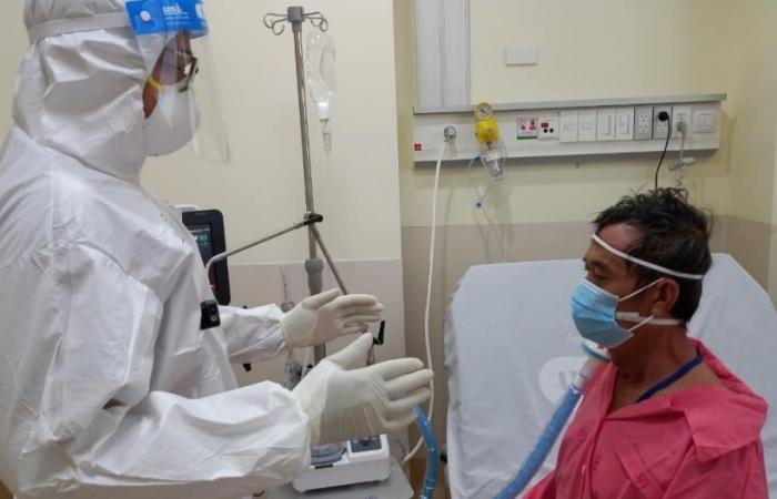 Bộ Y tế xây dựng tiêu chí để Hà Nội và TP HCM trở lại trạng thái bình thường mới