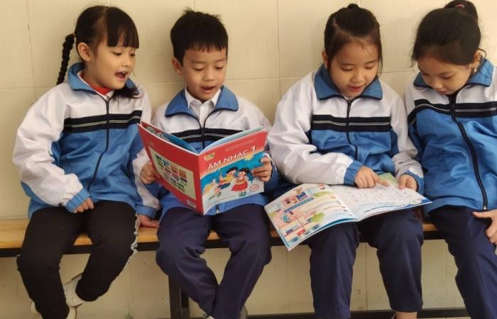 Bộ Giáo dục phê duyệt danh mục sách giáo khoa lớp 2 và lớp 6