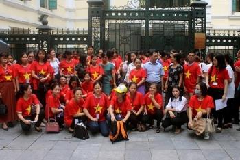 Hà Nội: Huyện Sóc Sơn tạm dừng việc chấm dứt hợp đồng lao động với giáo viên