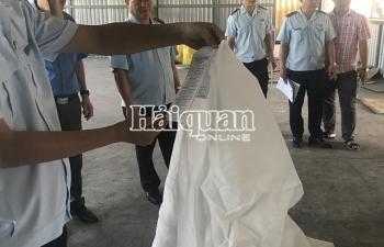 Những hình ảnh lật tẩy 3 container hàng Trung Quốc giả mạo xuất xứ Việt Nam