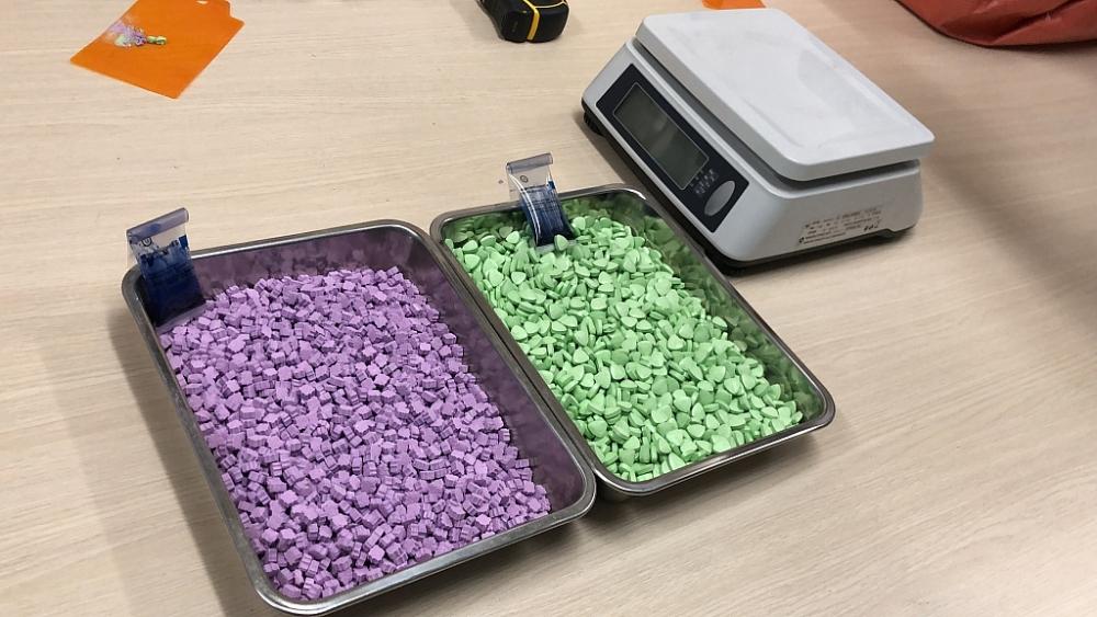 Cục Hải quan TPHCM bắt giữ trên 31kg ma túy giấu trong bưu kiện