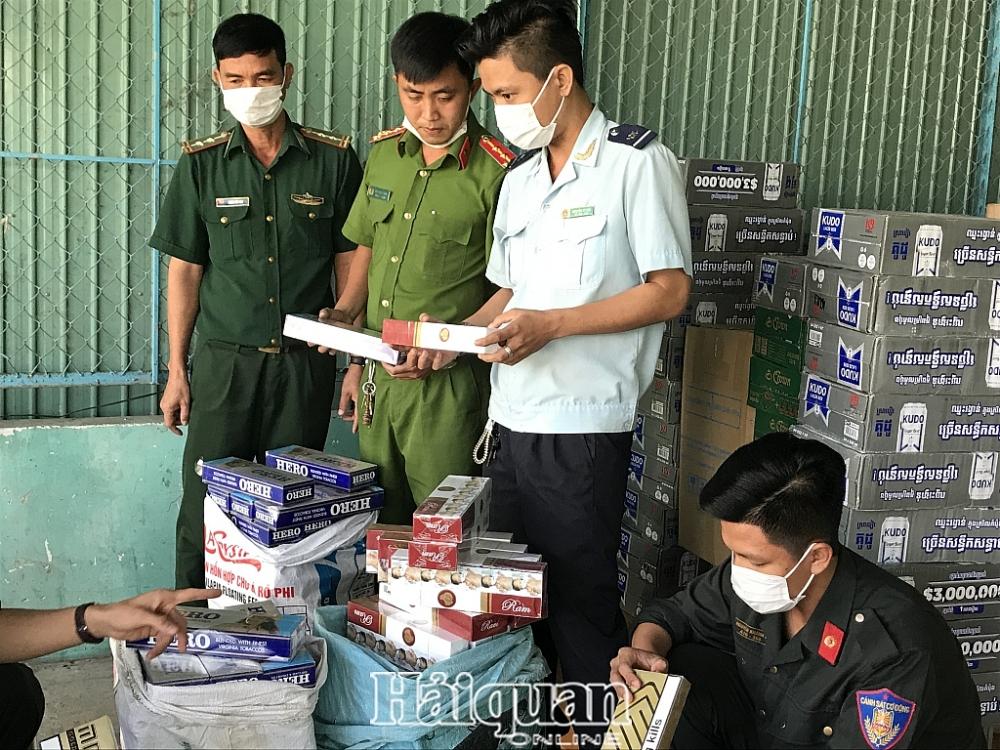 Hàng nhập lậu do lực lượng chống buôn lậu tổ