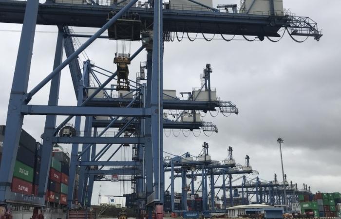 Vì sao tăng phí tại cảng Cát Lái?