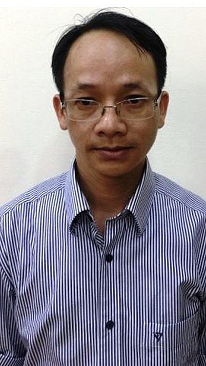 Khởi tố nguyên Phó Chánh Văn phòng UBND TPHCM