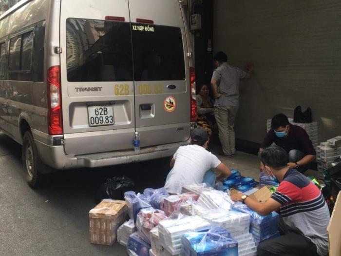 Bắt xe ô tô chở 5.000 bao thuốc lá nhập lậu