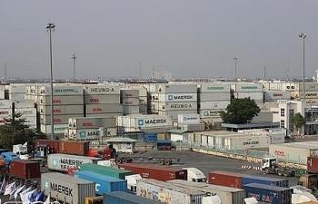 Điều chỉnh giá nâng hạ container hàng nguy hiểm lên gấp đôi hàng thông thường