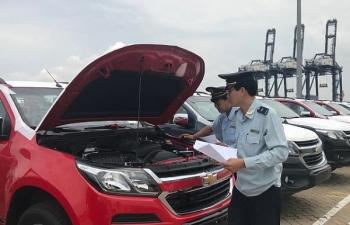 Hàng nghìn ô tô cập cảng SPCT- Hiệp Phước