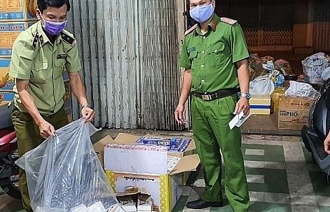Giá chênh lệch tăng, buôn lậu thuốc lá nổi cộm trên tuyến biên giới An Giang