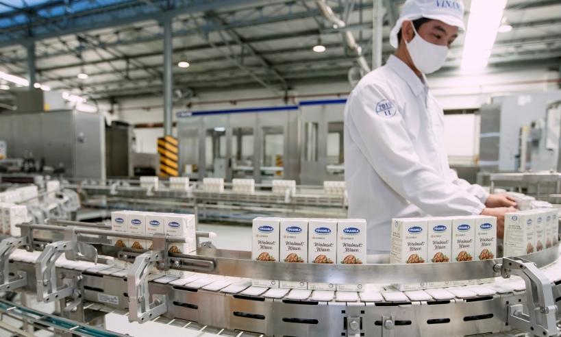 Với 13 nhà máy hiện đại, Vinamilk có thể sản xuất trên 28 triệu hộp sữa nước mỗi ngày