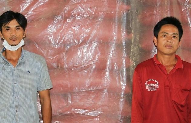Vừa hết cách ly, hai thanh niên bị khởi tố về tội buôn lậu