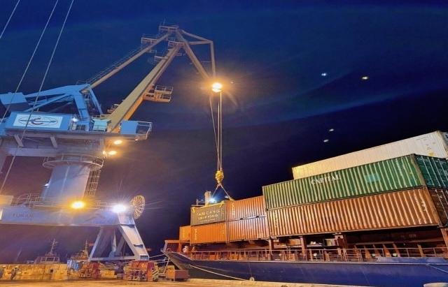 Phát triển cảng biển Việt Nam đảm bảo hàng hóa thông qua đạt hơn 1,4 tỷ tấn