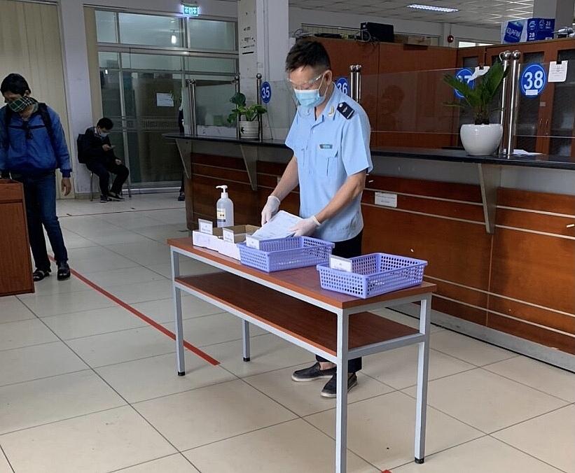 Đế tránh tiếp xúc trực tiếp với DN, Hải quan cảng Sài Gòn khu vực 1 tiếp nhận hồ sơ gián tiếp