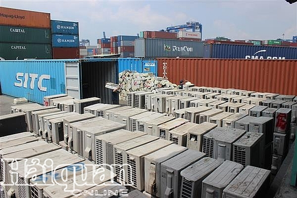 dieu tra vu buon lau 4 container hang dien tu