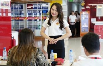 Cơ hội cho bạn trẻ thích làm tiếp viên hàng không