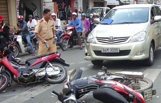 Trên 100.000 người chết vì tai nạn giao thông trong 10 năm qua