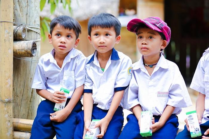 Quảng Nam: Sữa học đường giúp trẻ em vùng cao được uống sữa miễn phí