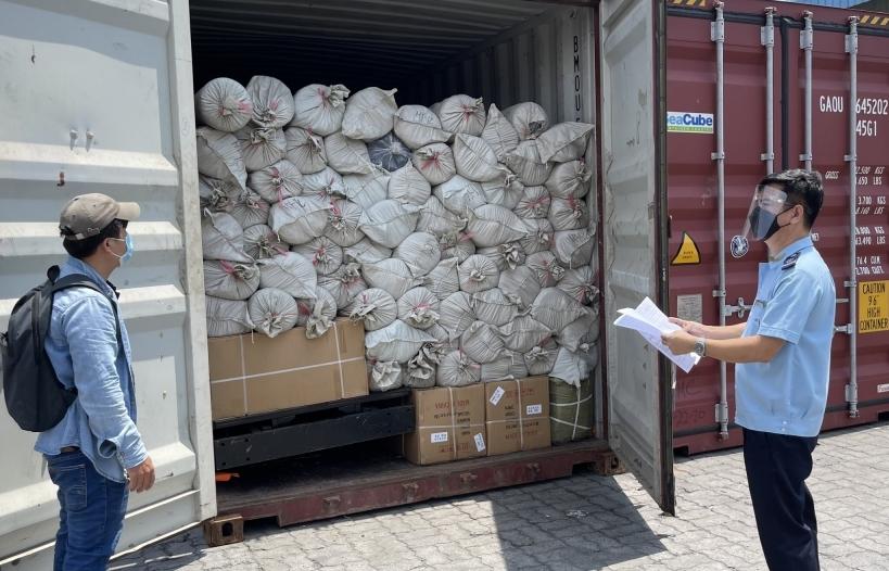 Xuất xứ cho hàng hóa được sản xuất từ nguyên liệu nhập khẩu